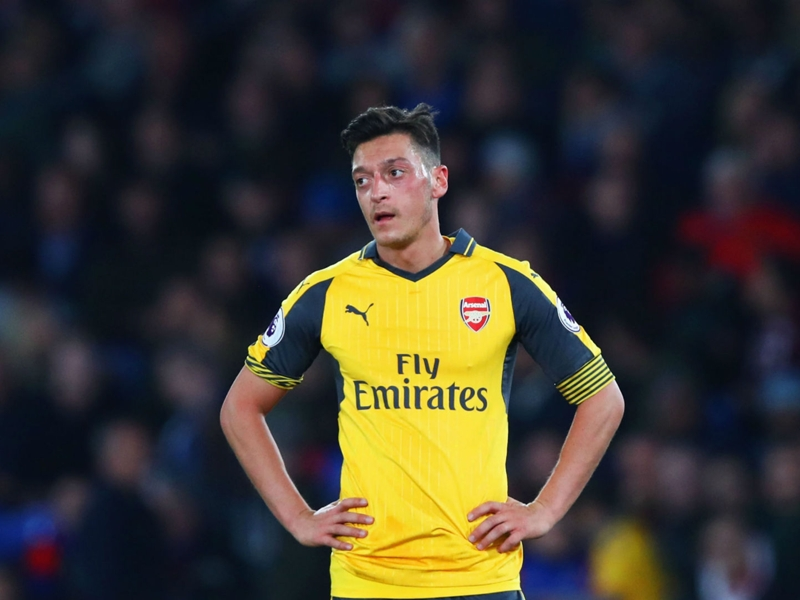 'One of the darkest hours of my career' - Ozil says every Arsenal man failed in 10-2 Bayern thrashing