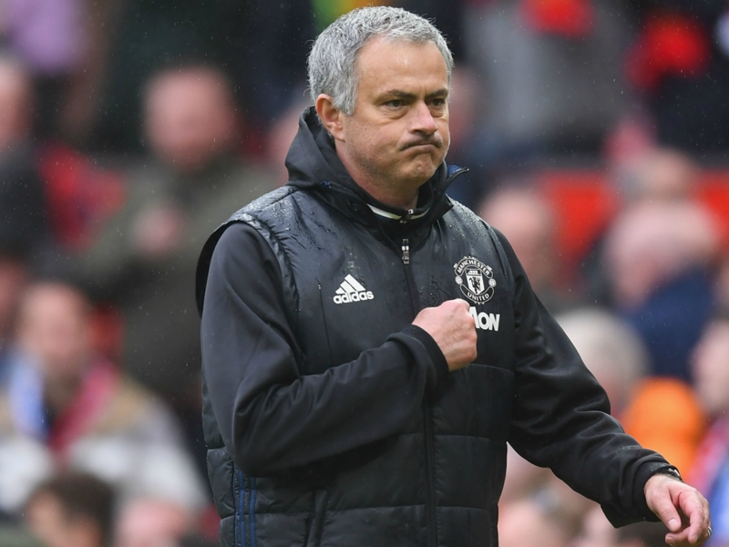 VIDEO: Mourinho points to the Man Utd badge after beating old club Chelsea