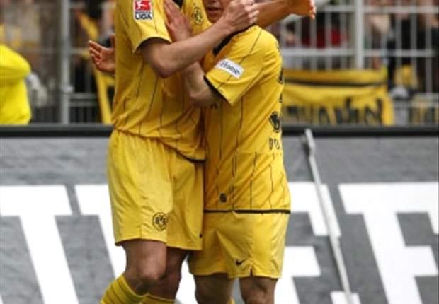Borussia Dortmund Captain Sebastian Kehl Sustains Injury
