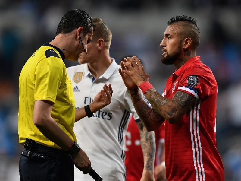 'Real robbery' - Vidal eviscerates refereeing after controversial calls