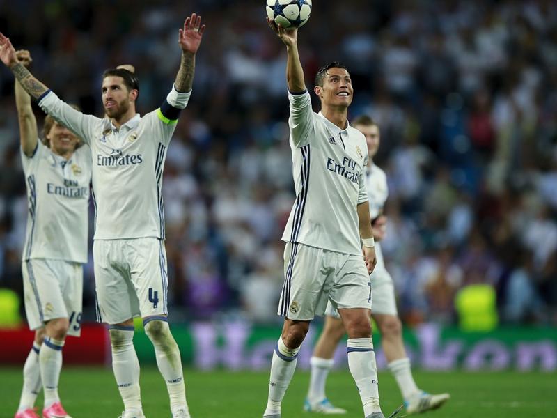 'The Bernabeu pounces on the big players' - Ramos understands Ronaldo whistles