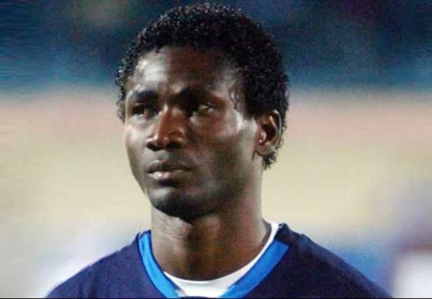 Arema IPL Seleksi Emile Mbamba