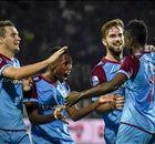 Vitesse geeft Ajax historische billenkoek