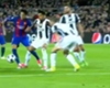 Alves provocó una herida a Neymar