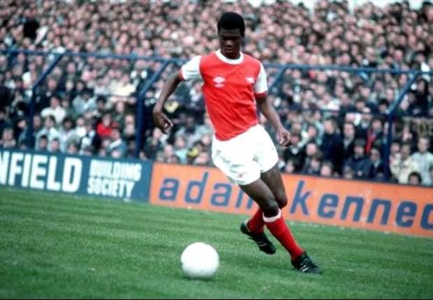 Exclusive: Arsenal Hero Paul Davis Looks Ahead To Man United Clash