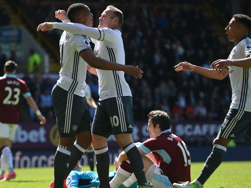 Manchester United score first league goal at Turf Moor in over 40 years