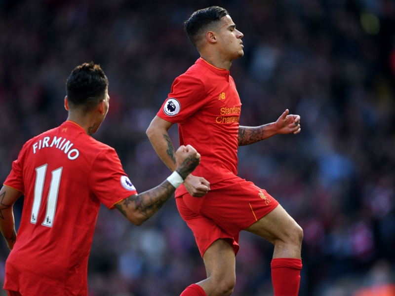 Liverpool's Coutinho closes on Toure as the Premier League's long-range king