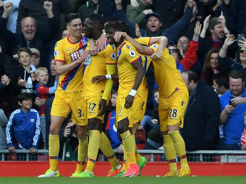 Liverpool-Crystal Palace (1-2), Liverpool plombé par Benteke