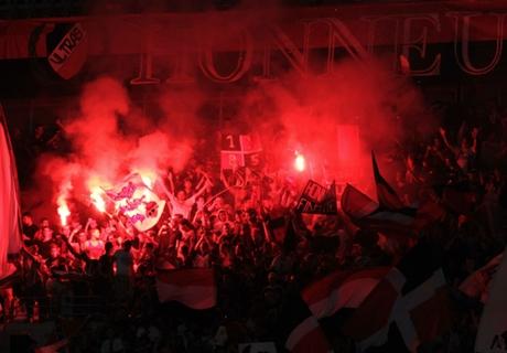 GALERÍA: Disturbios en el Niza-Bastia