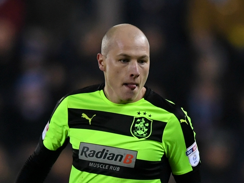 Huddersfield boss hails Mooy & Co.'s