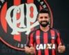 Atlético-PR anuncia chegada de Guilherme, ex-Corinthians