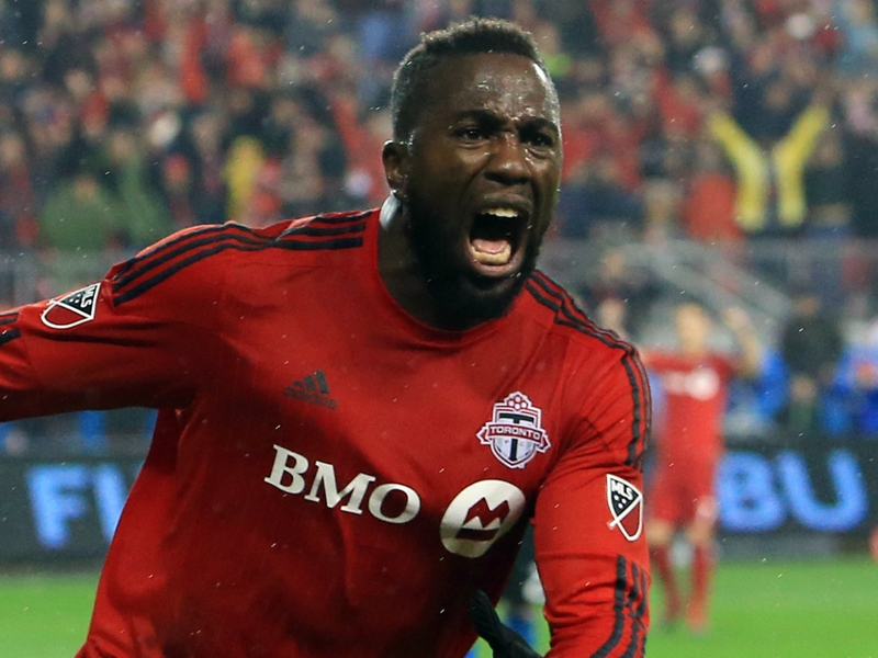 Toronto FC 1 Columbus Crew 0 (1-0 agg): Altidore fires hosts into consecutive MLS Cup finals