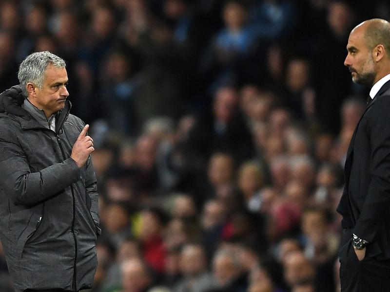 Mourinho cobra que Martial seja mais consistente no Manchester United