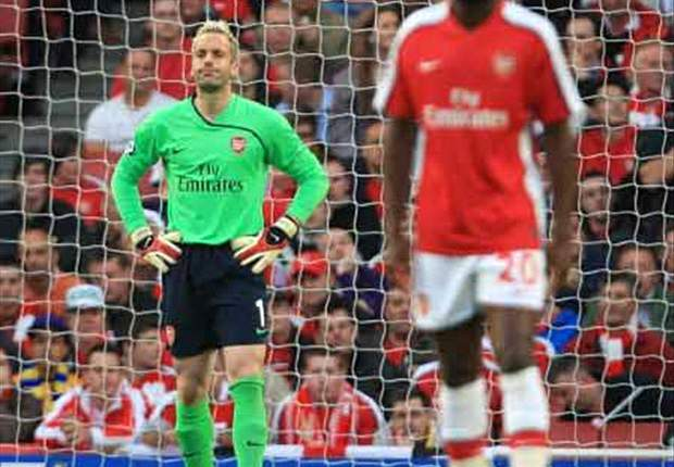 Arsenal goalkeeper Manuel Almunia: We are full of confidence