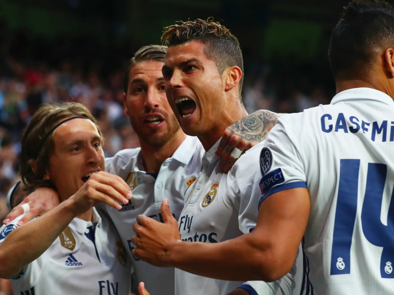 Cristiano Ronaldo hailed as 'an absolute machine' by Ferdinand following hat-trick