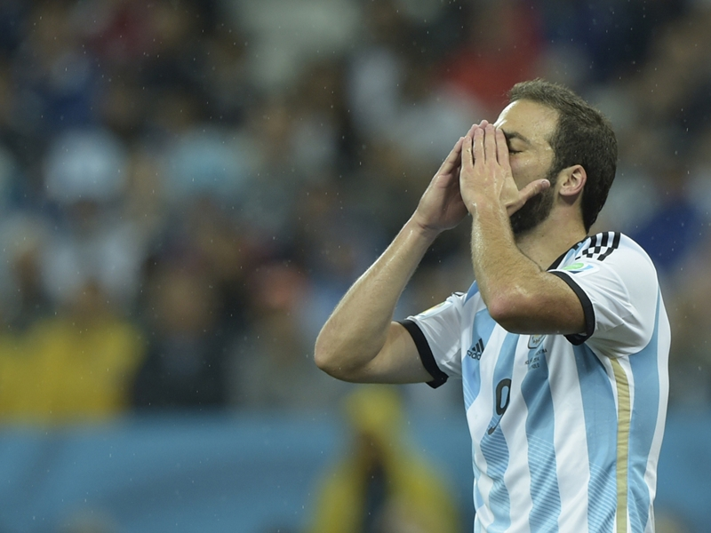 Batistuta defends countryman Higuain's bad luck in finals