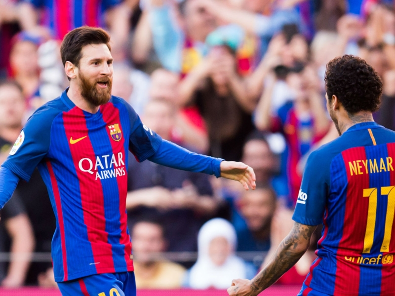 Neymar: It's hard to explain what makes Lionel Messi the world's best