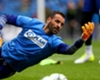 Chelsea goalkeeper Eduardo extends contract