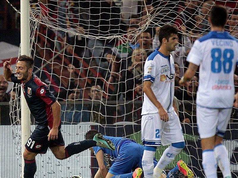 Ultime Notizie: Genoa-Empoli 1-1: Il braccio galeotto di Tonelli infiamma il 'Grifone'