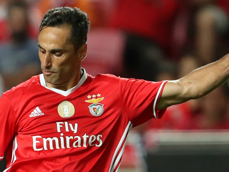 Benfica clinch fourth straight Primeira Liga title