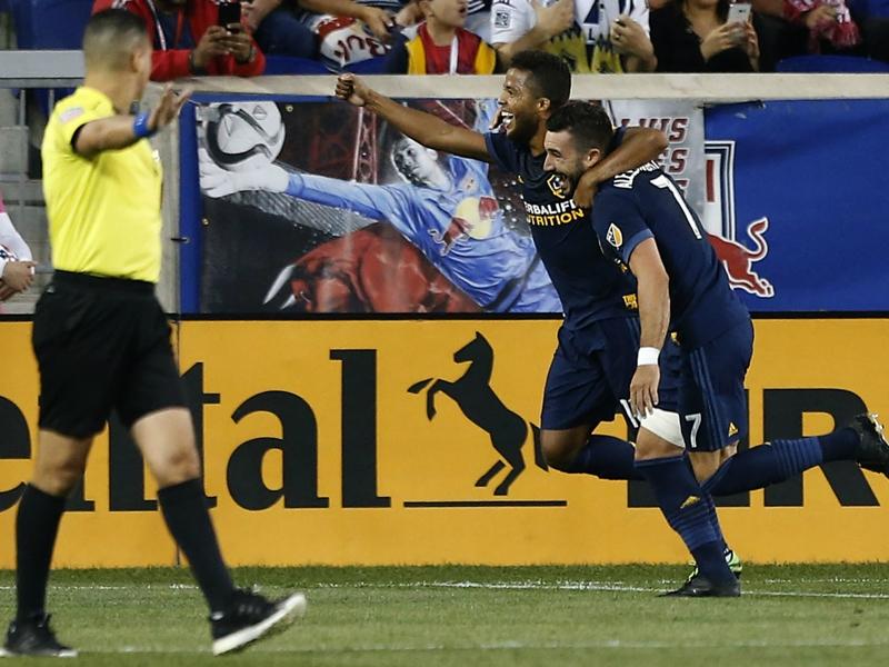 WATCH: Gio dos Santos' gorgeous flick continues scoring streak