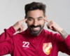 Lavezzi apologises for photo pose