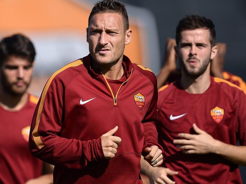 Ultime Notizie: GAZZETTA DELLO SPORT - Totti sfida il Bayern, Inzaghi revolution al Milan
