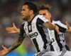 El Man. City, cerca de Dani Alves