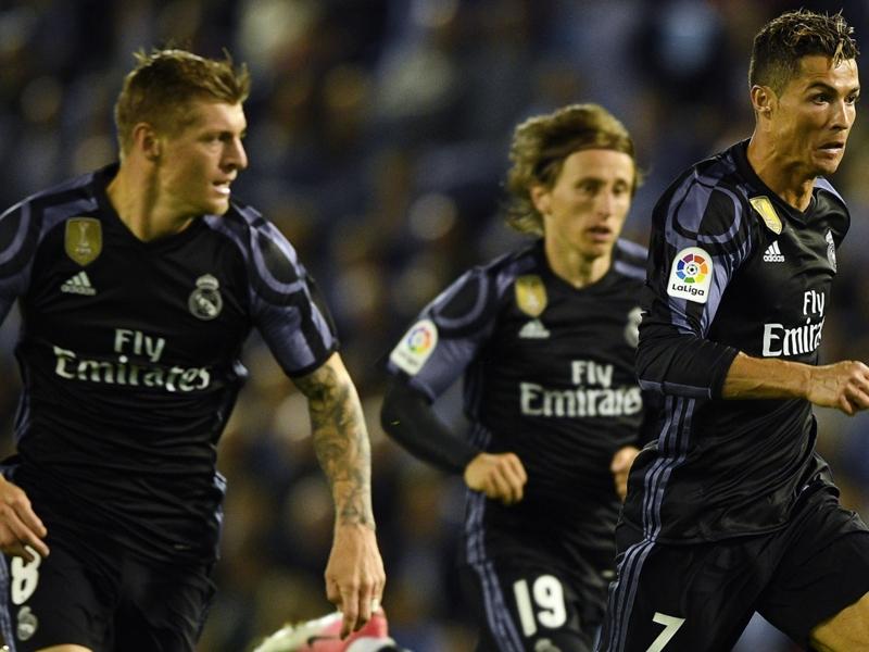 Ronaldo salutes Zidane's management as Madrid close on La Liga crown