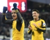 Ozil urges Alexis to stay at Arsenal