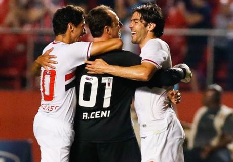 Video: GK scores superb 123rd goal