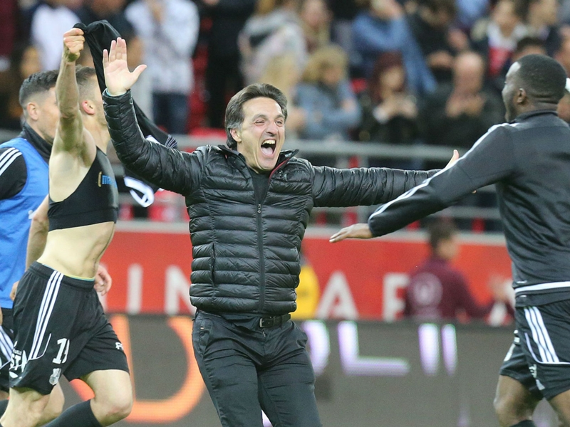 VIDEO: Strasbourg & Amiens clinch dramatic promotion to Ligue 1 in extraordinary finale