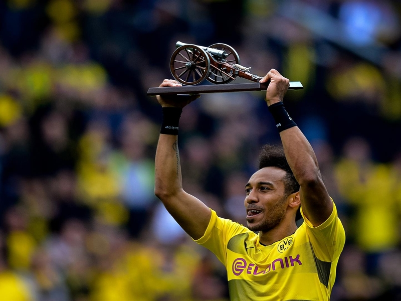 Aubameyang: Future will be decided next week