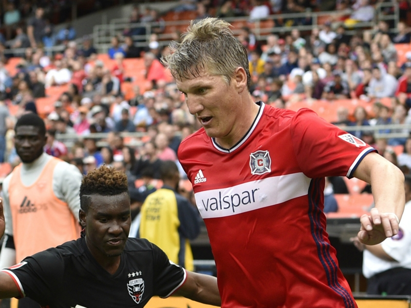 Bastian Schweinsteiger digs deep for Fire in return to trademarked role