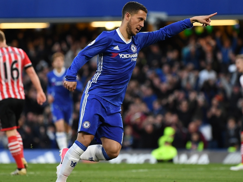 Gullit urges Chelsea to reject Madrid advances for Hazard