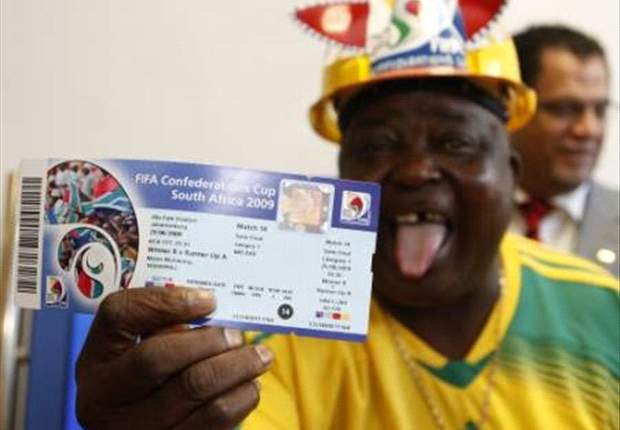 South Africans Preparing For Confederations Cup With Patriotic Gesture