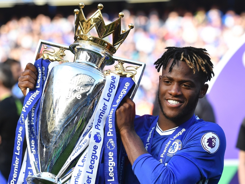 Sutton unsure if Conte has faith in 'impressive' Batshuayi