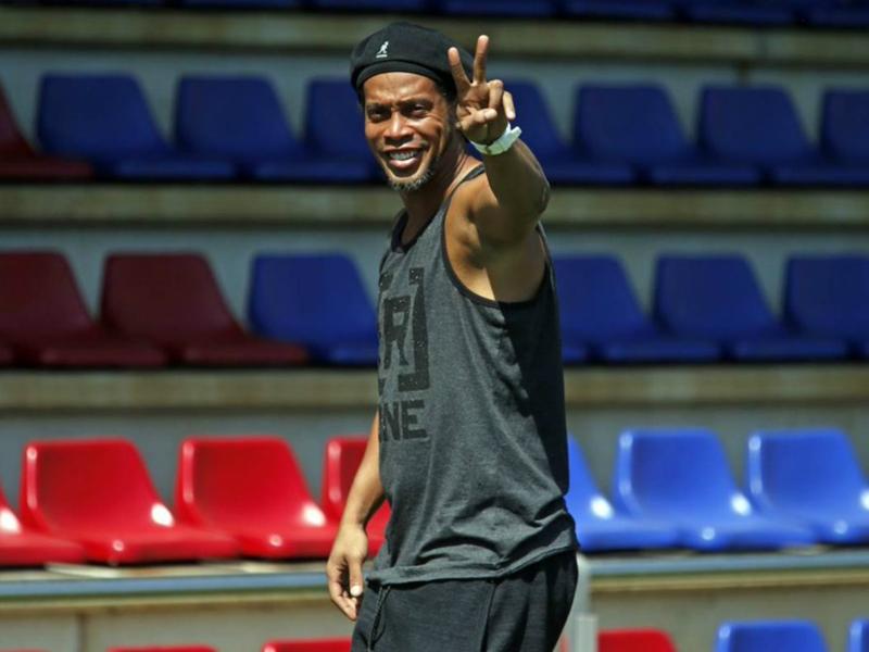 Ronaldinho jouera un match amical avec deux clubs du Honduras