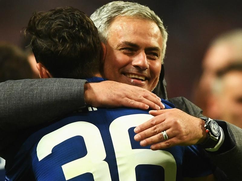 Mourinho keen to keep Juventus target Darmian