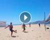 VÍDEO: La divertida visita de Ronaldinho a Barcelona