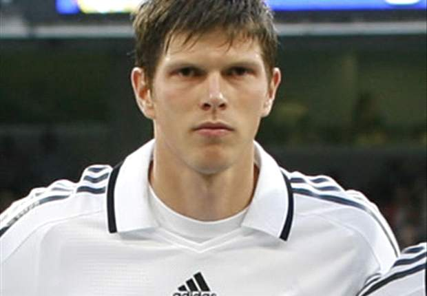 Tottenham Hotspur Re-Enter Hunt For Huntelaar - Report