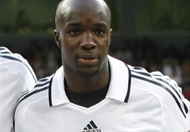 Real Madrid's Lassana Diarra to join Manchester United in £21m deal - report