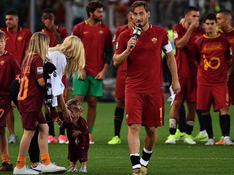Les derniers mots de Totti au public de la Roma