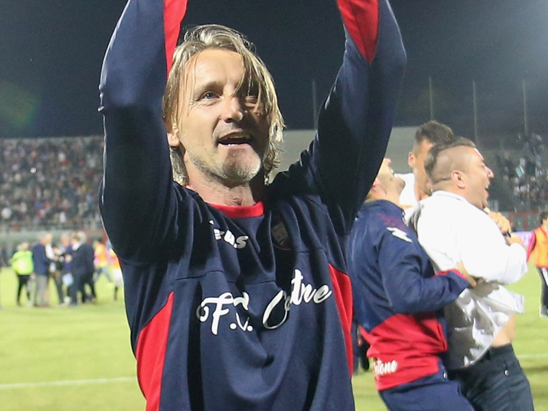 Crotone boss to make good on 800-mile forfeit after avoiding relegation