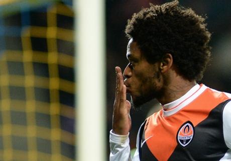 Dunga exalta qualidade de Luiz Adriano