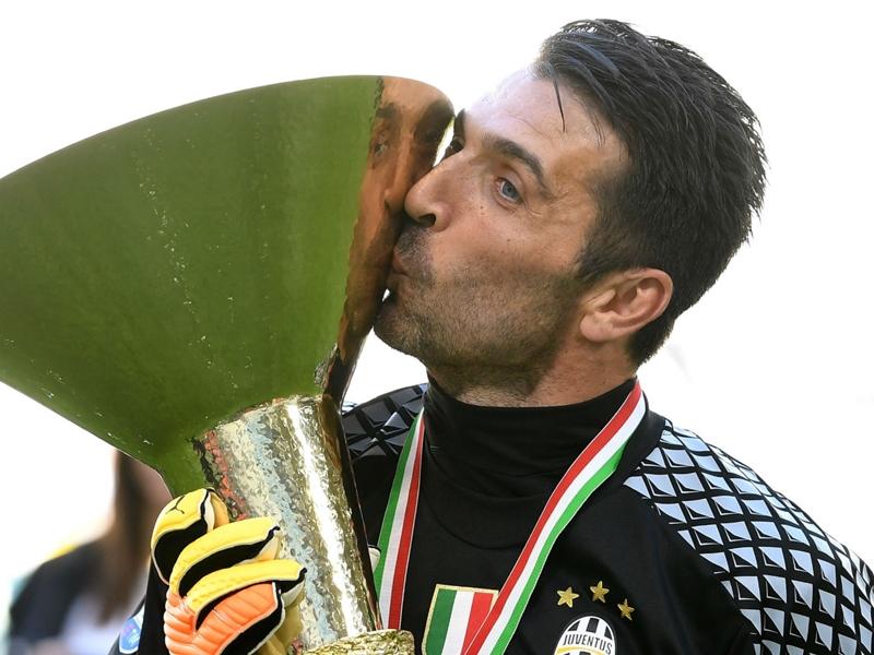 Buffon deserves Ballon d'Or for current form, not past achievements - Chiellini