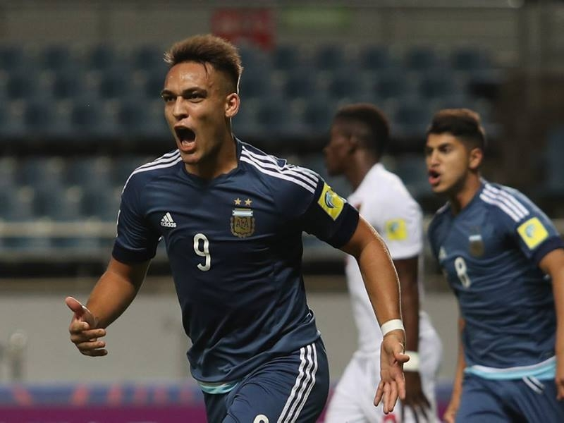 Arsenal target Martinez survives U-20 disaster to prove he can be an elite striker