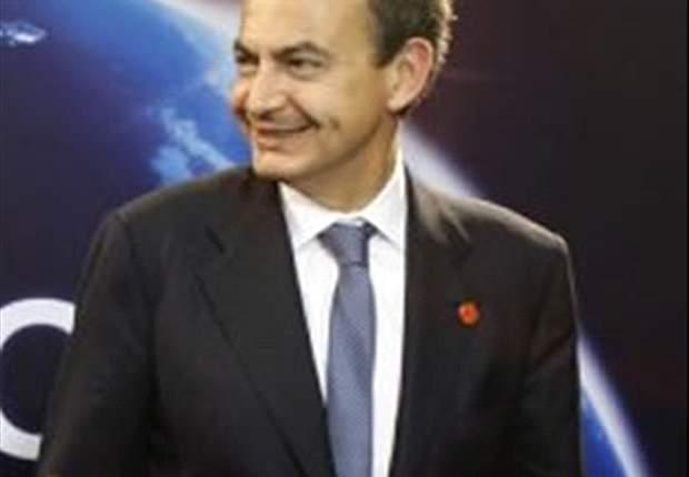 Zapatero: Xavi es una referencia en todos los aspectos