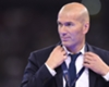 Zidane pede atacante no Real Madrid