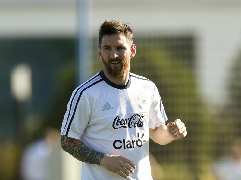 WATCH: Messi trains in Melbourne
